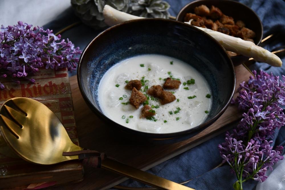 Spargel-Cremesuppe