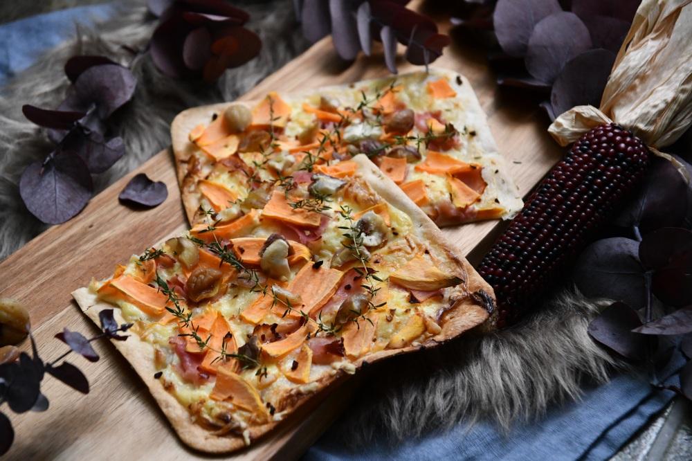 Süßkartoffel-Maroni-Flammkuchen